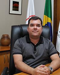 Diretor Claudio Cotrim