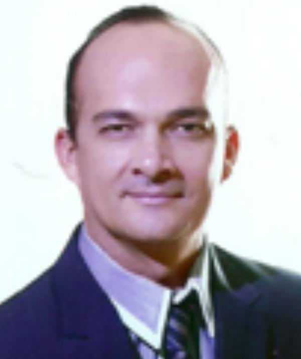 Diretor Marcio Parente