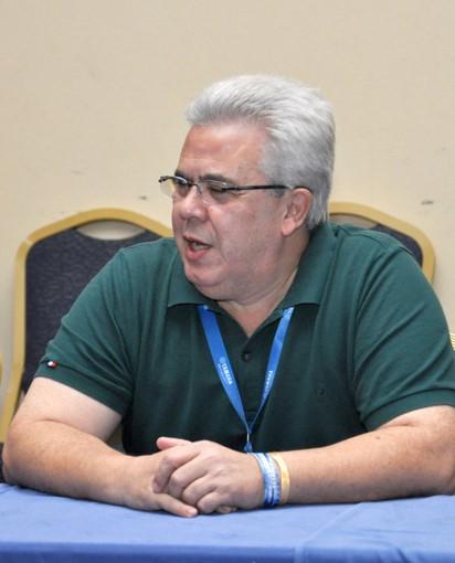 Diretor Roberto Esperancine